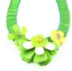 Green Acrylic Beads Flower Choker Necklace