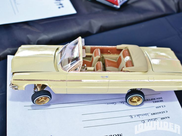 Old Memories Pedal Car Model Car Lowrider Bicycle Show Model Lowrider