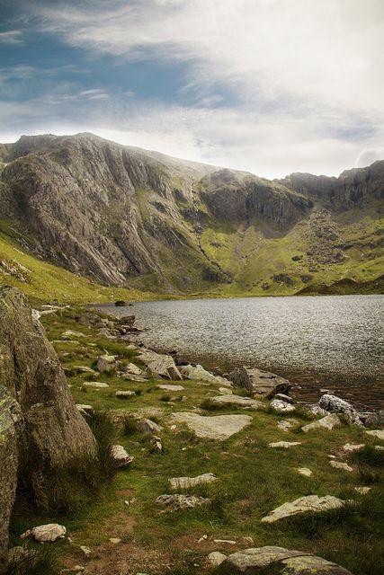 #CwmIdwal #Cymru #Wales #mountains #lake #snowdonia