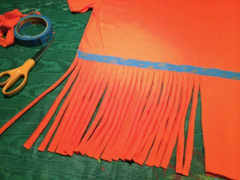"""DIY fringe t-shirt """"how to"""" ... make these Ts for a few bucks ..."""