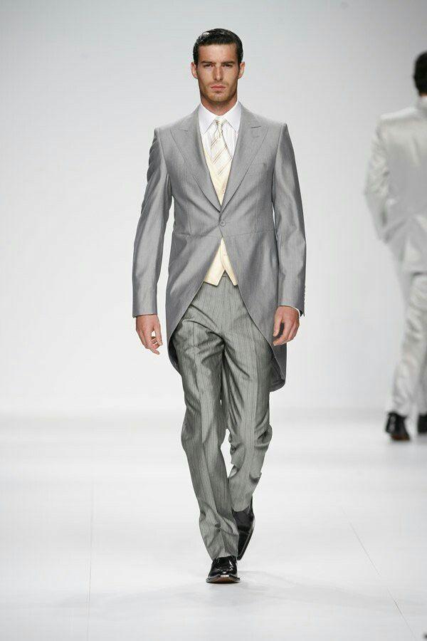 Foulard Uomo Matrimonio : Migliori idee su abiti grigio chiaro pinterest