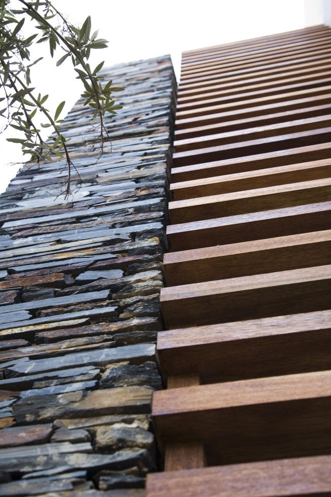 Johannesburg architecture made of rock, steel & wood | Designhunter - architecture & design blog