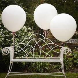 3 ballons géants blancs - 90 cm