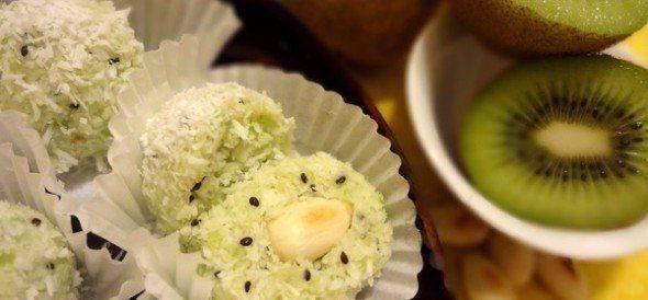 Диетический десерт «Киви-рафаэлло»