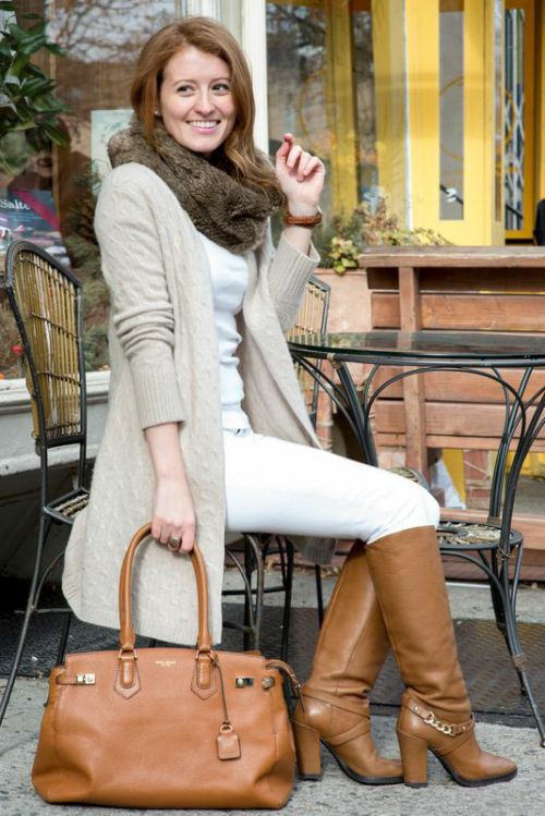 OUTFIT: WHITE JEANS AND RIDING BOOTS - Design Darling