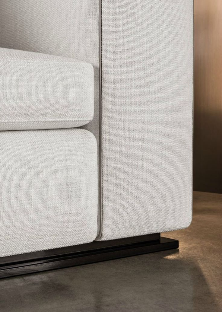 Minotti 2014 Leonard sofa with eco-leather piping and base in extruded aluminum frame in painted pewter color.