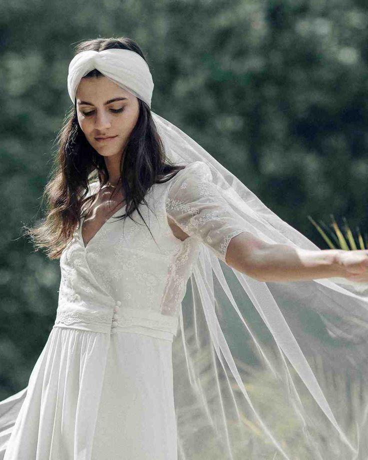 Short lace wedding rehearsal dress