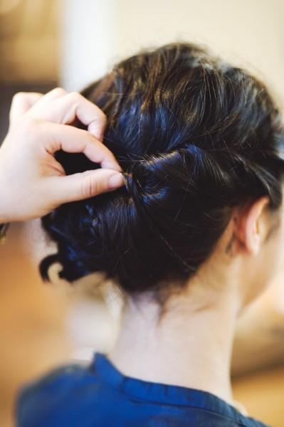 3 impressive updos for girls with short hair