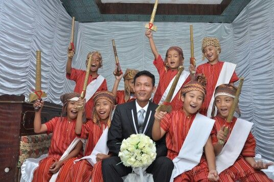 Boys in Seppa tallu buku #Toraja wedding
