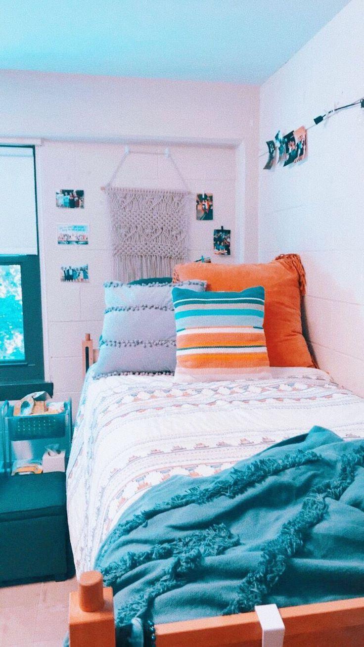 Aesthetic Dorm Room: Dorm Room Inspiration, Dorm