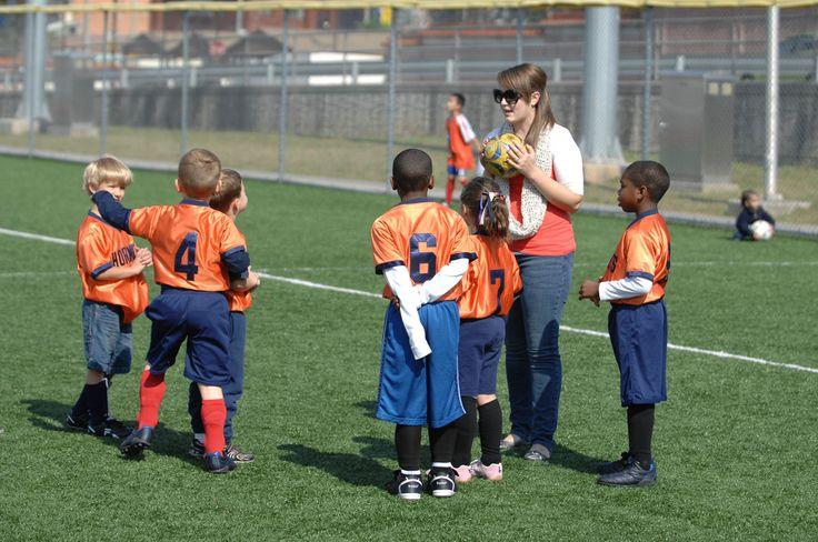 ¿Las Actividades Extra-Curriculares son Benéficas en la Escuela Intermedia