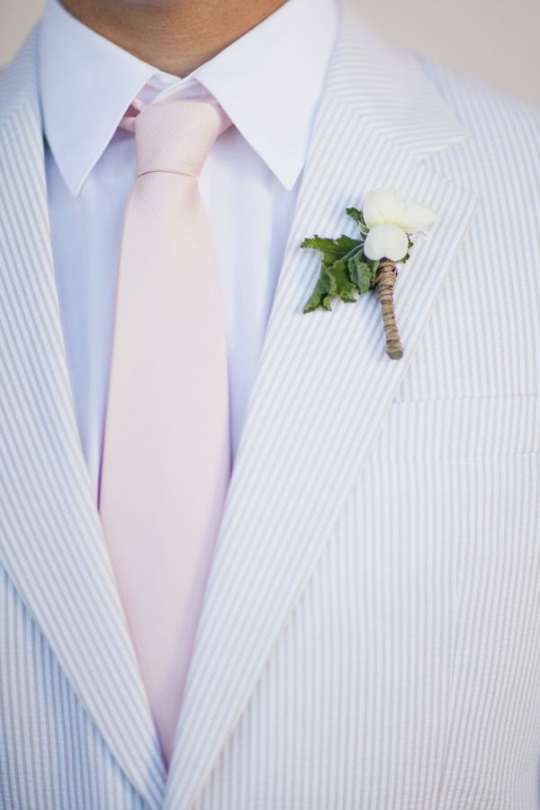groom via ruffled + joielala photographie