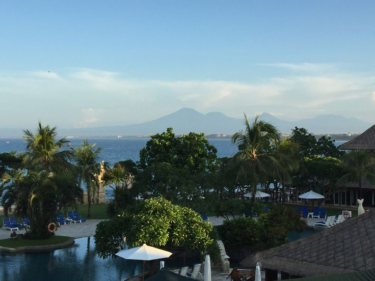 Morning view today from the room. No edit. Stunning.