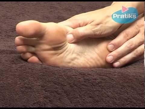 Como darse un automasaje en los pies | Sentirse bien es facilisimo.com