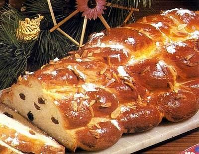 Vanocka: Czech Christmas bread (sweet one with raisins and with almonds on top)