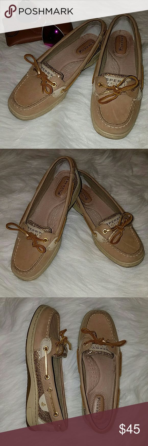 Top Spider Sperry loafers Top Spider Sperry loafers size 5.5 gold accents. Great condition worn only once.  No trades. Sperry Shoes Flats & Loafers