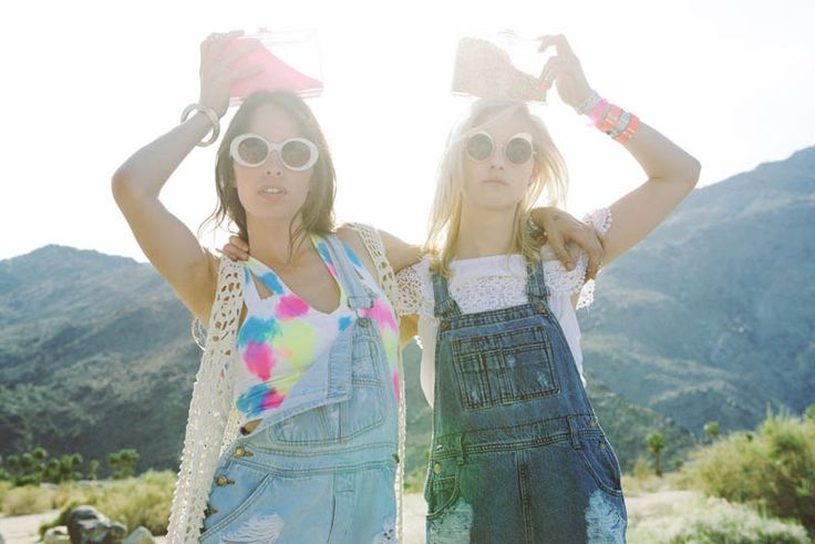 HANNAH HOLMAN AND CHELSEA TYLER HAVE SUMMER FUN FOR LF STORES FESTIVAL LOOKBOOK