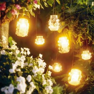 great outside decor idea - absolutely gorgeous