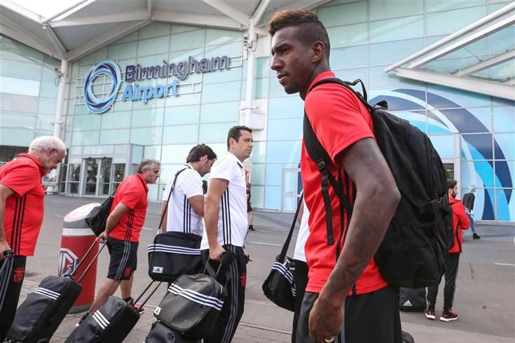 Três do Benfica a caminho do Wolverhampton