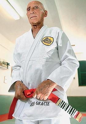 O mundo das lutas perde seu ícone: GM Hélio Gracie