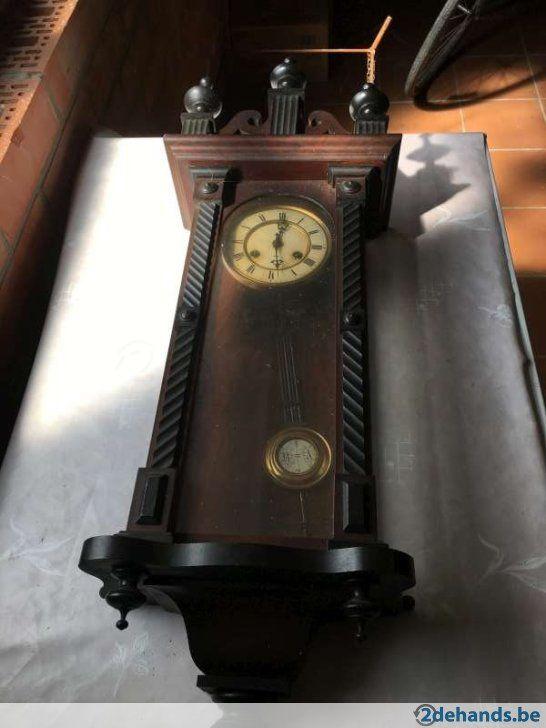 Gebruikt: 2 oude klokken (Klokken & Barometers) - Te koop voor € 40,00 in Olen