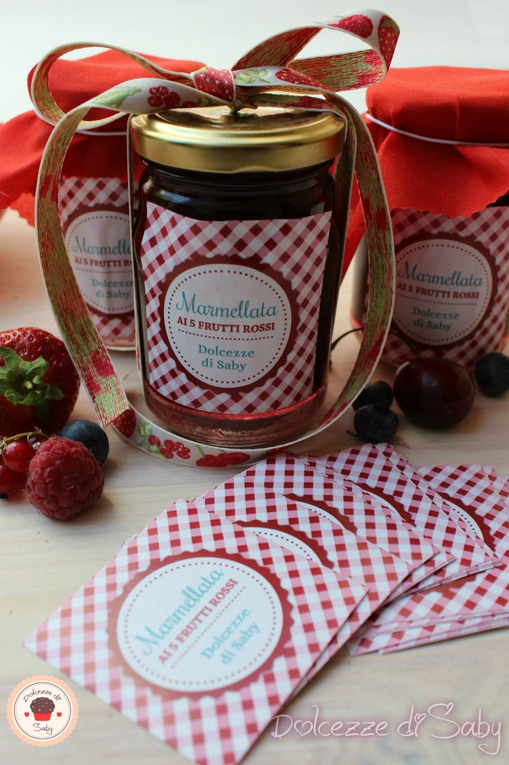 Marmellata ai 5 frutti rossi con etichette personalizzate Bit Labels. www.bitlabels.com