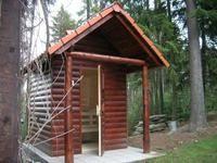 Venkovní sauna u lesa