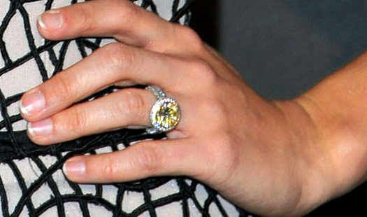 Carrie Underwood Engagement Ring #ring #engagement #diamond #bling