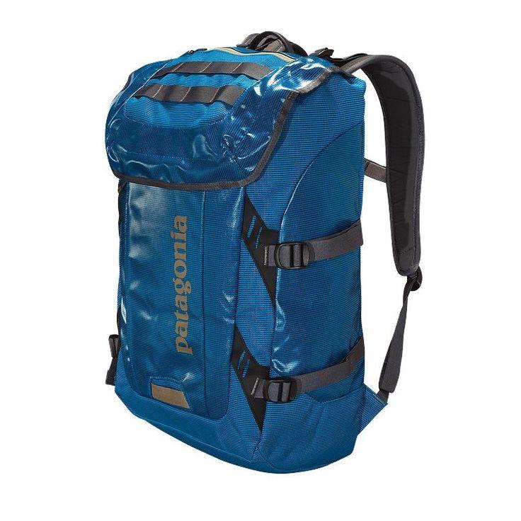 Рюкзак Black Hole Pack сочетает в себе все функции от рюкзака для школы и офиса до занятий альпинизмом. Прочный и надежный, устойчивый к любым погодным условиям, он всегда защитит ваши вещи от н…