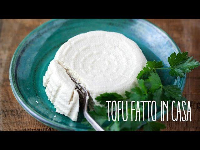 Come fare il tofu? Ecco la ricetta per ottenere un prodotto dalla consistenza perfetta, diverso dalla maggior parte dei tofu in commercio