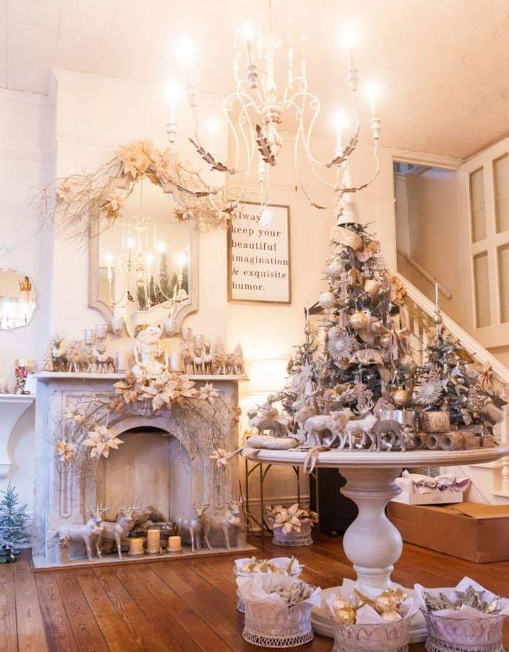 TheGardenGates.com gets ready for Christmas.... (749×960)