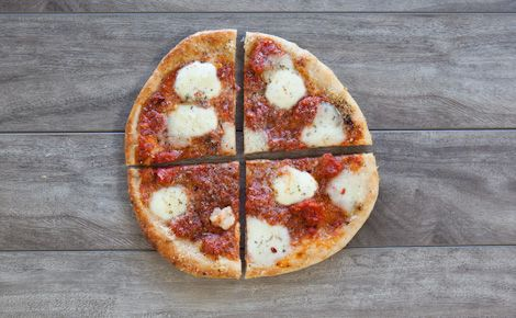 Epicure's Marinara & Cheese Pizza