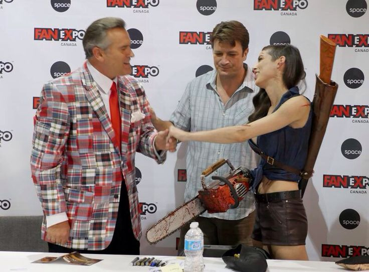 Evil Dead Chainsaws for sale on Etsy.com- https://www.etsy.com/shop/NicksSawMart Bruce Campbell meeting the awesome cosplayer Leeann Vamp