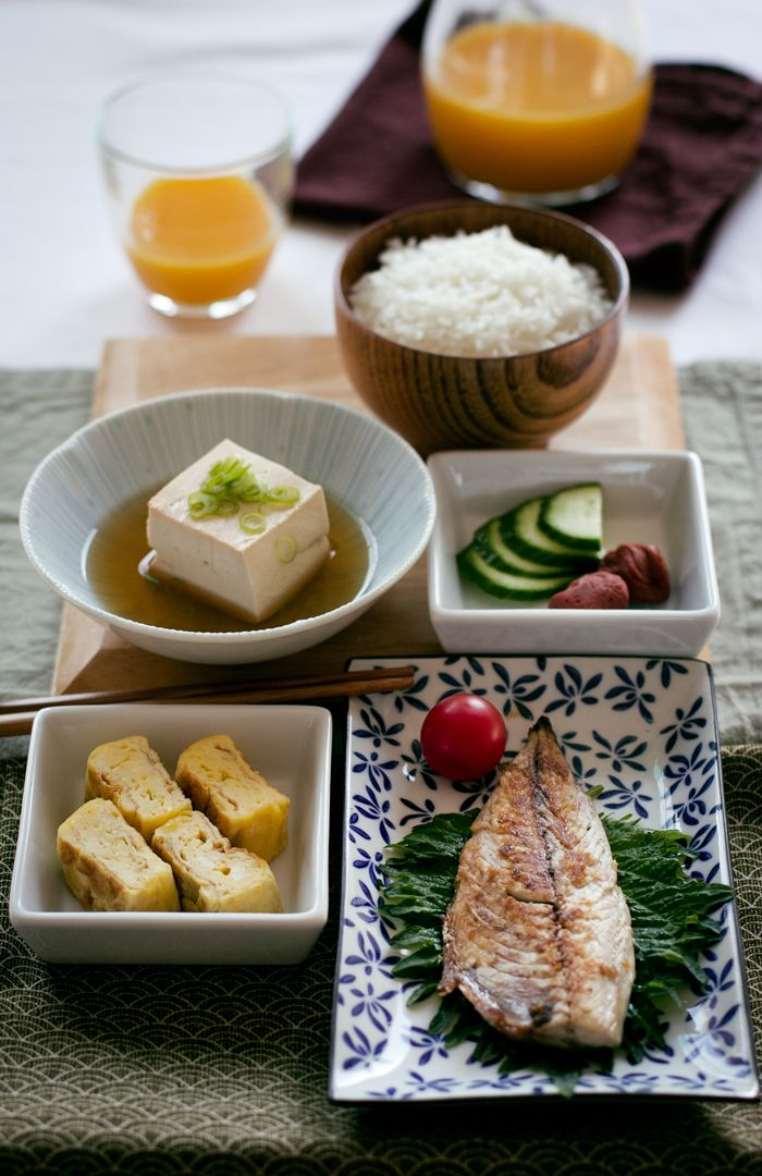 Japanese breakfast with tamagoyaki | condospalillos