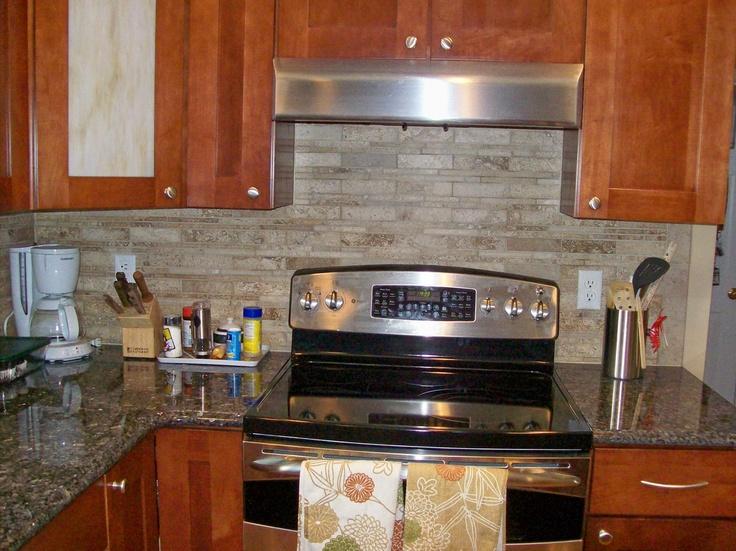 Kitchen Backslash, Kitchen Reno, Kitchen Ideas, Backsplash Ideas, Kitchen  Remodeling, Home Ideas, Stove, Countertop, Consideration