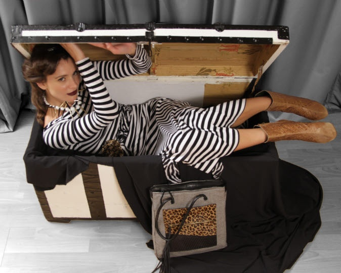 Μακρύ ριγέ φόρεμα με ζώνη ζεβρέ / χειροποίητη τσάντα με ύφασμα και δέρμα / χειροποίητο κολιέ