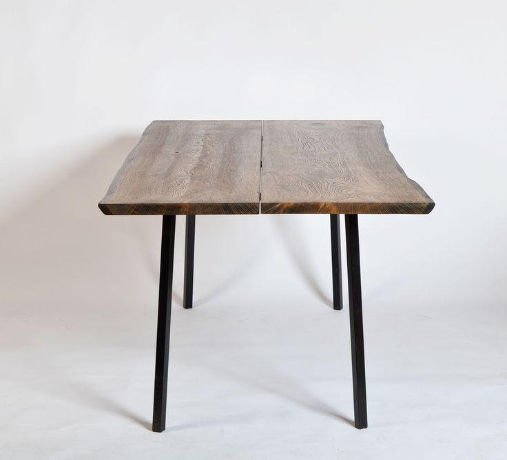 Plankeborde i eg spisebord til 6 personer