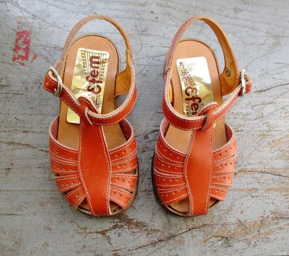 French vintage 70's leather sandal - Le Beau Vetement