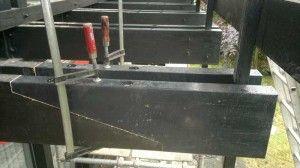 Erneuerung, Reparatur an einem Holzbalkon. Zu beachten ist der konstruktive Holzschutz ! [via Terrasse.de]