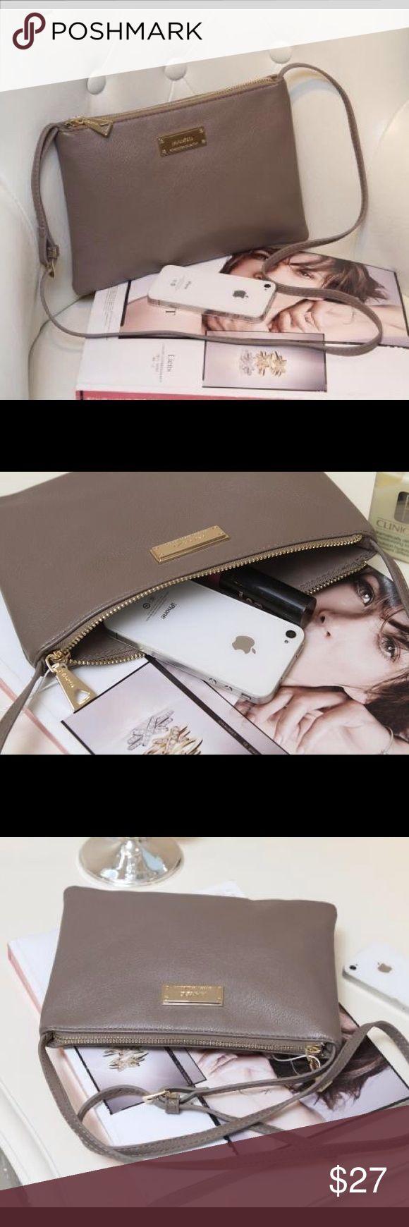 New mango cross shoulder bag Size: 24x17cm. Shoulder belt length :112cm. Adjustable. Mango Bags Shoulder Bags