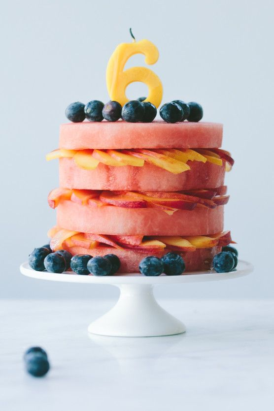 Great idea for a healthy birthday breakfast! A giant fruit cake!