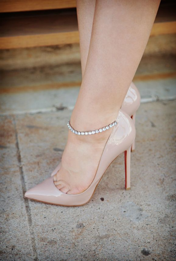 There is something so romantic & secy about the rhinestone strap against the ankle!