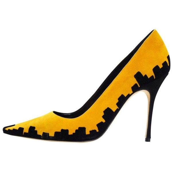Preowned Manolo Blahnik Black & Yellow Skyline 105mm Bb Pumps Sz 37.5 (£210) ❤ liked on Polyvore featuring shoes, pumps, yellow, yellow high heel pumps, manolo blahnik shoes, black pumps, yellow shoes and high heel court shoes