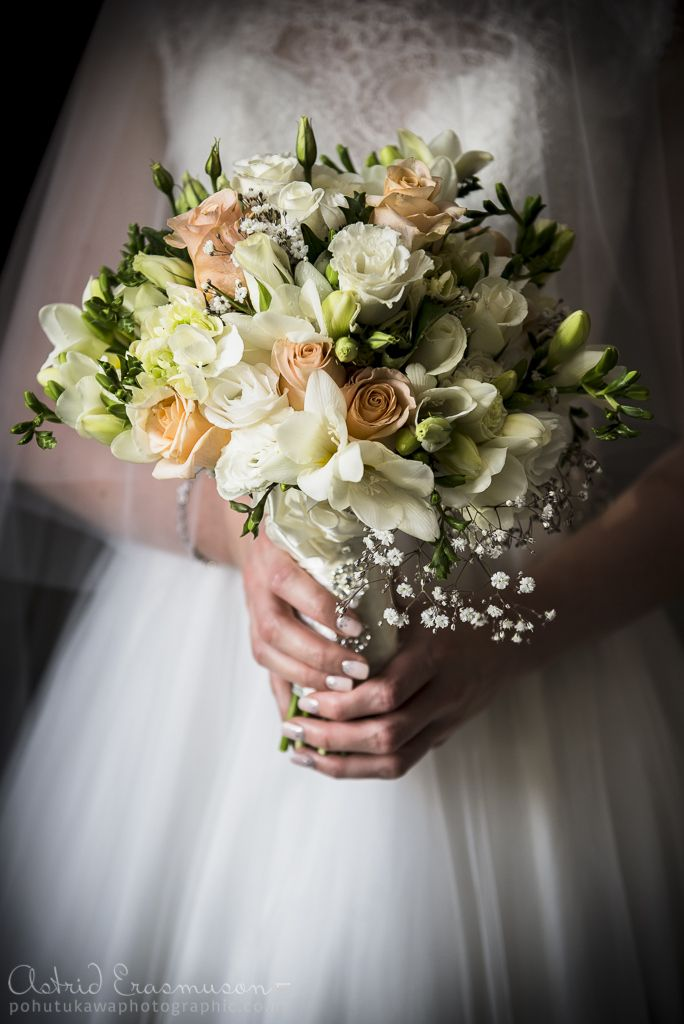 Wedding Photography: Lisa & Ben at Cashmere Presbyterian Church   Pohutukawa PhotoGraphic