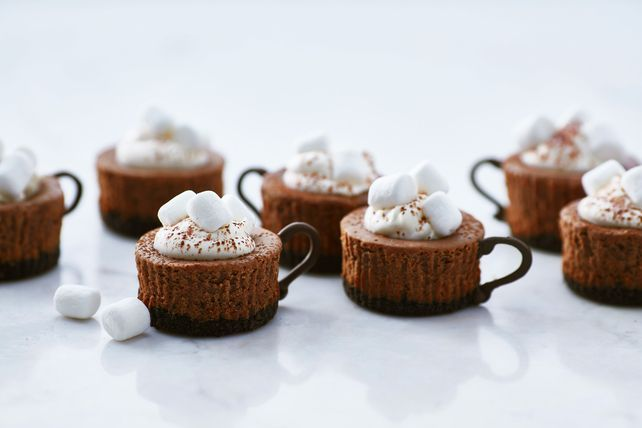 Discover hot cocoa cheesecake, miniature-style! You'll love how cute these Hot Cocoa Cheesecake Minis are, and they're great for the holidays.