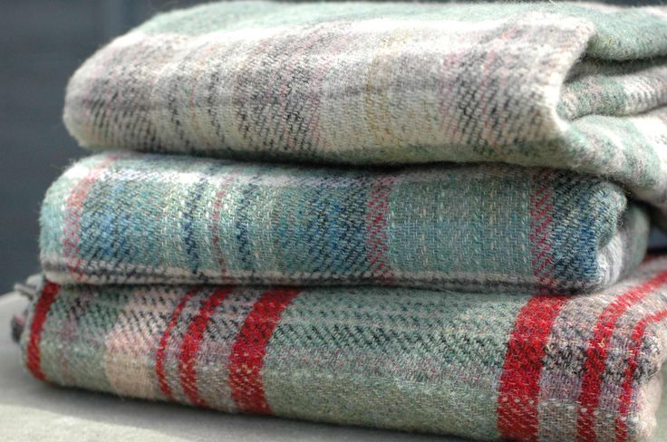 Wool picnic blankets and rugs from beg bicycles