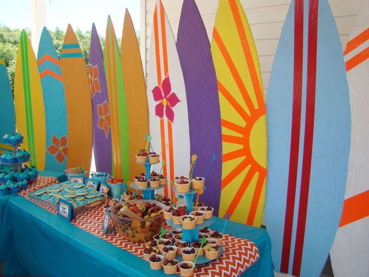 Surfin' Shark Party ~ For more pics of this party visit http://catchmyparty.com/photos/2070066