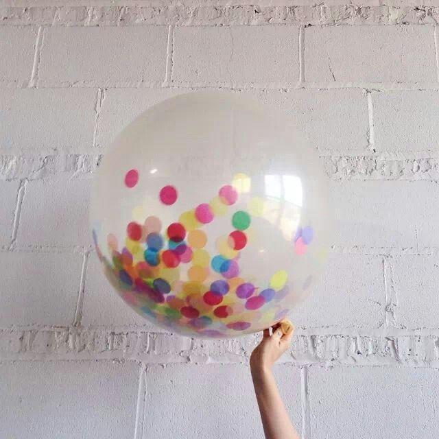 Confetti filled baloon