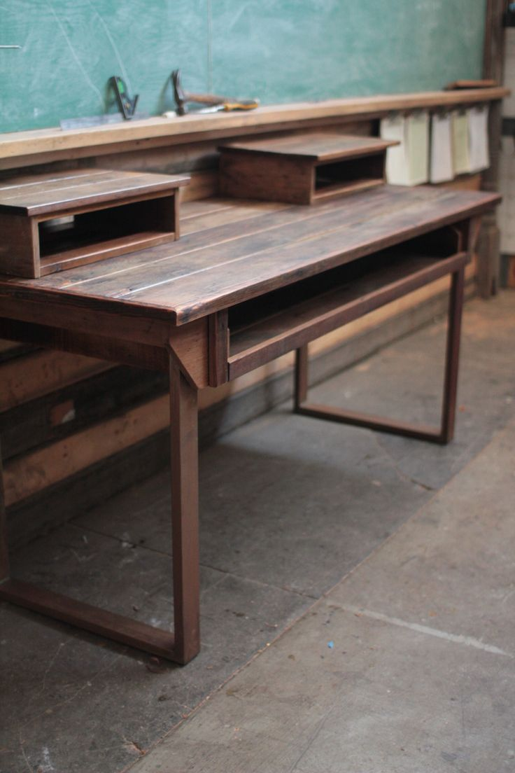 best 25 piano desk ideas on pinterest piano bar near me piano bar and transformation examples. Black Bedroom Furniture Sets. Home Design Ideas