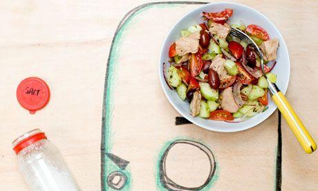 Greek salad with tuna | Student cookbook